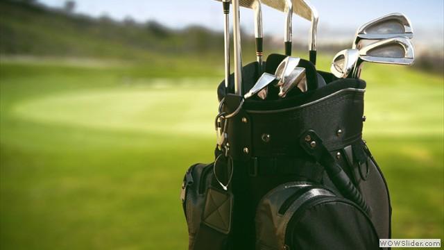 set-of-golf-clubs